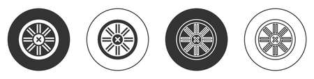 Black Old wooden wheel icon isolated on white background. Circle button. Vector Vector Illustratie