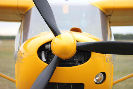 Close-up of the propeller aircraft Imagens