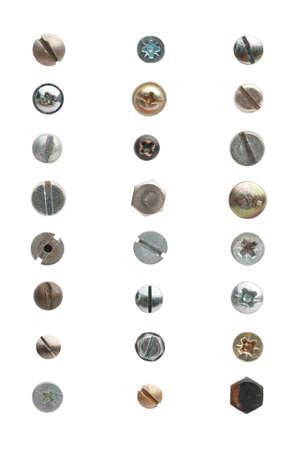 tornillos: 24 utilizar tornillos y pernos contra un fondo blanco. Los tornillos muestran signos de uso.