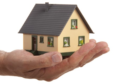 model house in hand Stock Photo - 7719254