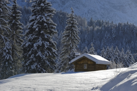 hut in winter Stock Photo