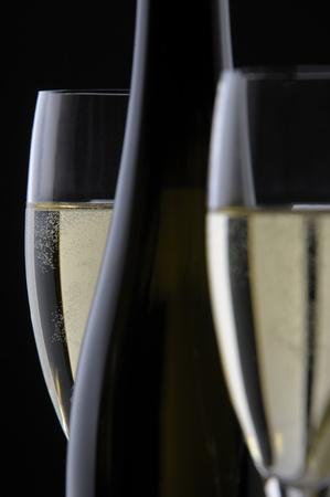botella champagne: botella de champagne y vidrio