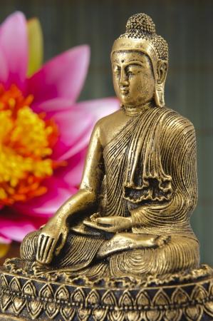 buddhist meditation: chinese buddha sculpture Stock Photo