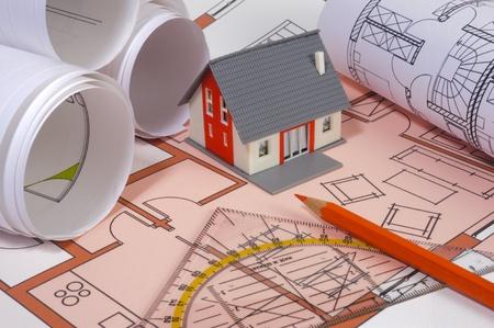 architectuur met model huis en bouwplan