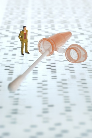 DNA gel and test tube for genetic finger print Standard-Bild