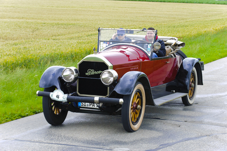 oldtimer: LANDSBERG, GERMANY - JULY 12, 2014: Public oldtimer rally organized by Bavarian city Landsberg for at least 80 years old veteran cars with unknown drivers in Pierce Arrow, built at year 1924