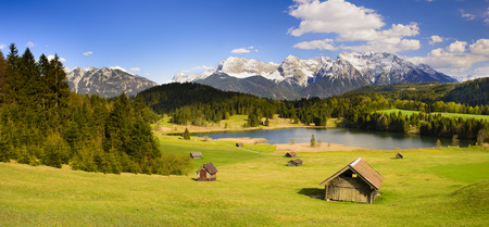 Panorama landscape in Bavaria with beautiful lake and alps mountains Stok Fotoğraf - 59038029