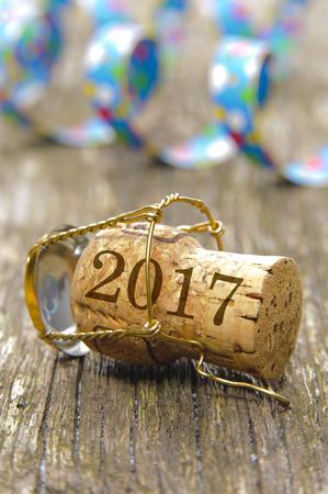 corcho: tapón de champán como símbolo de la suerte en el nuevo año 2017