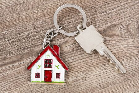 buyer: house key on keyring