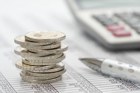negocios y finanzas con moneda euro