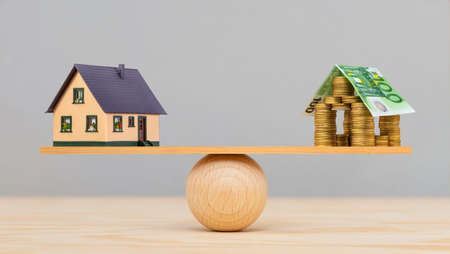 Financing of housing construction by the bank