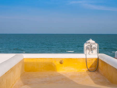 Plunge pool  Stock Photo - 17069345