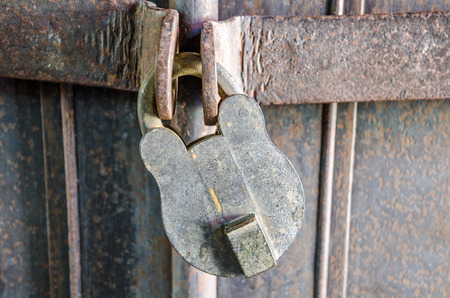 Old key Stock Photo - 25084409