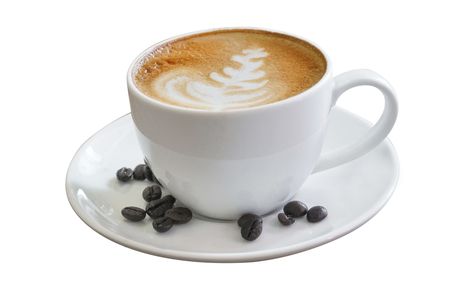 Taza de café en la mesa de madera aislada sobre fondo blanco con trazado de recorte. Tiempo de negocios con café, taza de café para exhibición de productos, espacio de copia libre Alimentos industriales, concepto de fondo de bebida.
