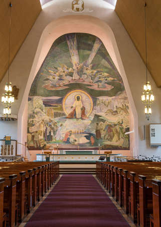 rovaniemi: Lennart Segerstale painted the 14-meter high fresco on the altar wall at Rovaniemi Church