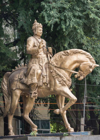 humanist: Portrait  The statue of Sri Basavanna on its pedestal stands at the edge of Cubban Park in Bangalore  Basavanna was a statesman, a philosopher, a humanist and a social reformer in 12th century India