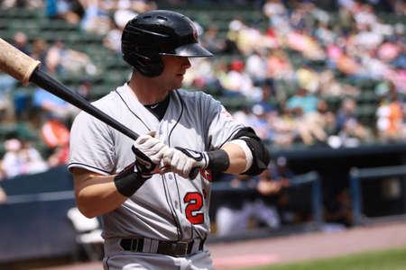 인디애나 폴리스 인디언 1 루 수 맨 헤이그 단계 최대 Scranton, PA에서 2011 년 5 월 24 일에 PNC 필드에서 스크 랜 튼 윌크스 바레 양키스와의 경기에서 접시
