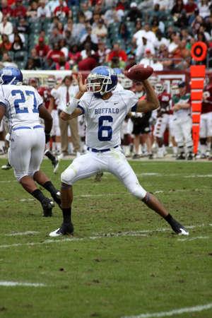 quarterback: PHILADELPHIA, PA. - SEPTEMBER 26 : Buffalo Quarterback Zach Maynard throws a pass against Temple on September 26, 2009 in Philadelphia, PA. Editorial