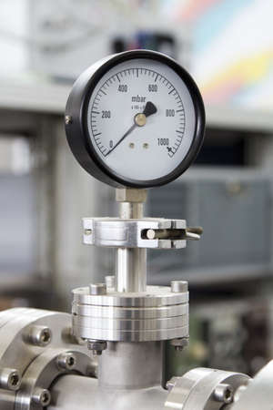 Manometer – precise instrument in laboratory, close up Standard-Bild