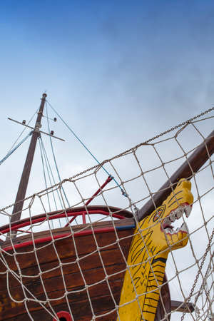 ship bow: Front view, bow, of fresh painted vintage wooden ship, space for text Stock Photo