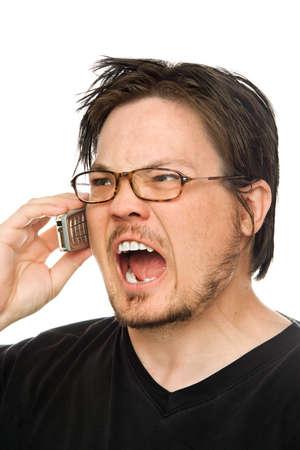 een man met behulp van een mobiele telefoon op een witte achtergrond