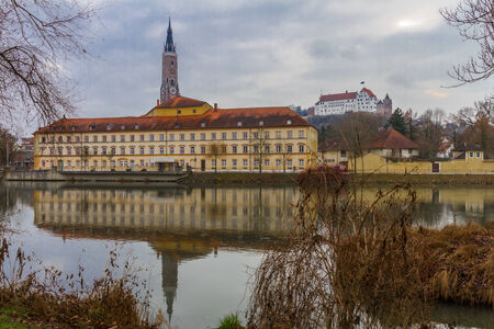 landshut: Landshut, view accross the Isar at the city theatre