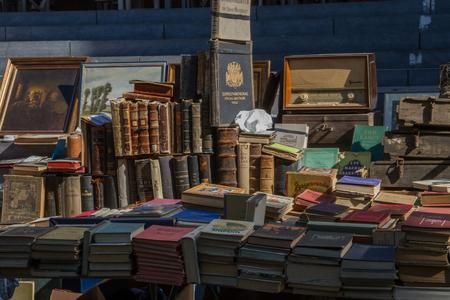 Mercato delle pulci presso la città di Aquisgrana Archivio Fotografico - 29223813