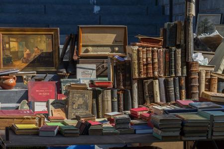 Mercato delle pulci presso la città di Aquisgrana Archivio Fotografico - 29223815