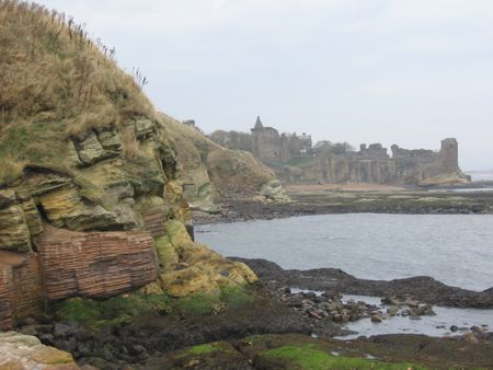 andrews: St Andrews castle and cliffs, Scotland