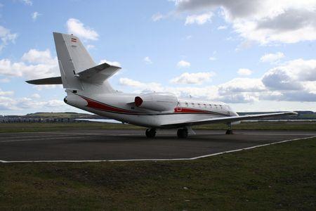 Midsize corporate jet