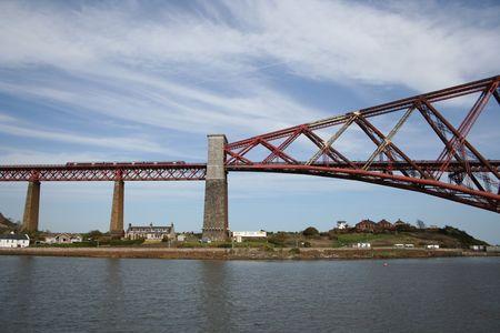 forth: Forth road bridge, Edinburgh