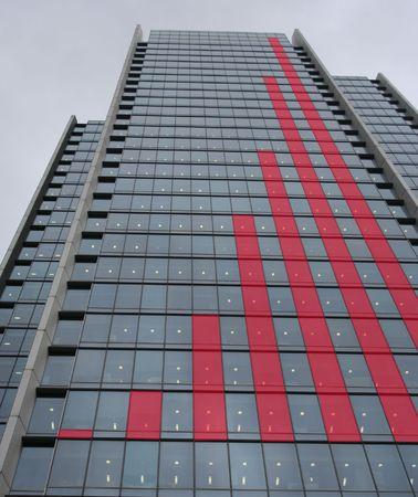 proceeds: El rascacielos Roja diagrama de barras gr�fico  Foto de archivo