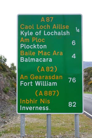 bilingual: bilingual road sign western Scotland