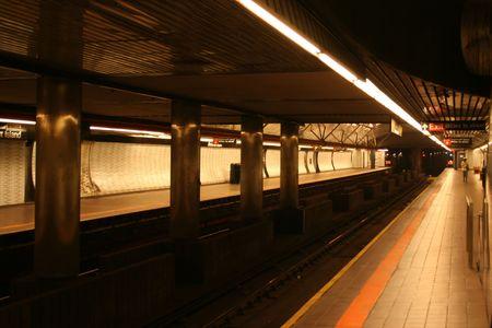 subway platform: New York city subway platform Roosevelt Island