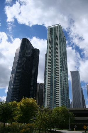 aon: Chicago condominiums near Lake Michigan with Aon Tower