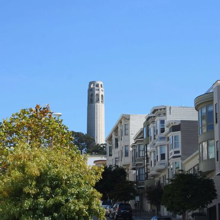coit tower: coit tower and San Francisco street scene