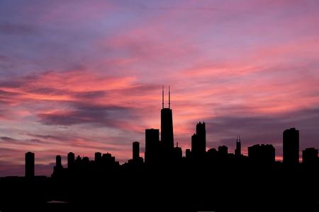 図は日没でシカゴのスカイライン