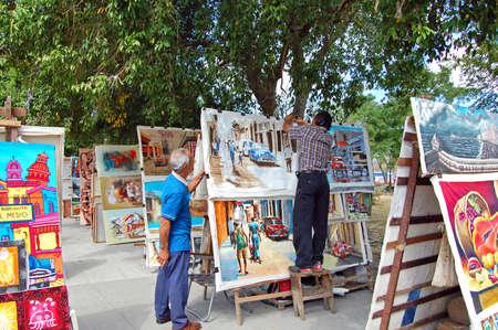 Havana, Cuba - January 2009: art market and sellers in havana Stock Photo - 8653086