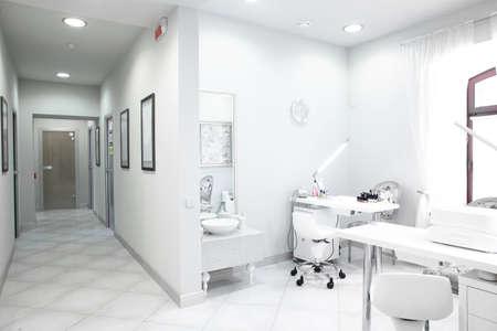 gloednieuw en lege europese luxe medische kliniek Stockfoto