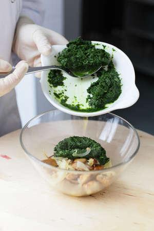 european food: europeo proceso de cocci?n de los alimentos en la cocina