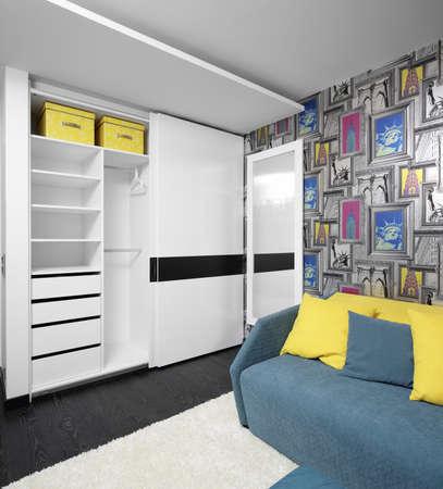 明るく、美しいインテリアの子供部屋の 写真素材