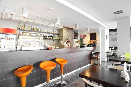 ダウンタウンの美しいブランドの新しいヨーロッパのレストラン 写真素材
