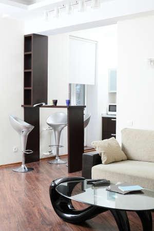 big and bright interior of modern living room 写真素材 - 97241283
