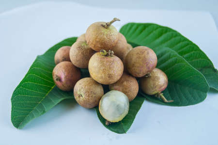 fruit or literally translated as Cat Eye Fruit , a subspecies of the Longan Fruit over white background. Banco de Imagens - 80399744