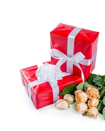 Beautiful rose flowers with gift box isolated on white background Stock Photo - 25477071