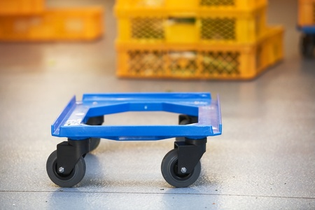 casters: Simple Dolly for Plastic Boxes