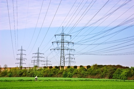 conductor electricity: Modern high voltage power lines