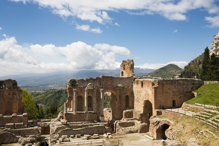 Greek theatre and Mount Etna streaming cloud, Taormina, Messina Province, Sicily, Italy Stock Photo - 13317496