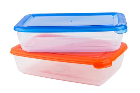 envases plasticos: Dos envases de plástico para microondas aisladas sobre fondo blanco Foto de archivo