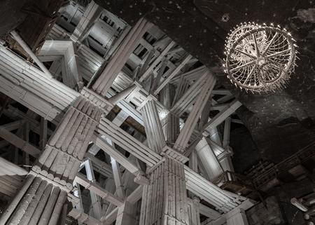 lustre: KRAKOW, POLAND - DECEMBER 13, 2015: 109 meters underground Michalowice Chamber in the Salt Mine in Wieliczka, Poland on 13 DECEMBER 2015